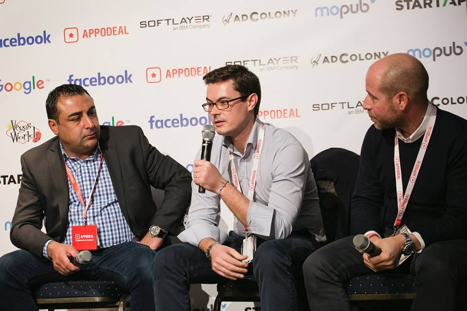 Velo Partners Director Andrew Reader discusses investment in the social casino space with Imperus Founder Daniel Kajouie (left) and Carbon Group Owner Daniel Burns (right).