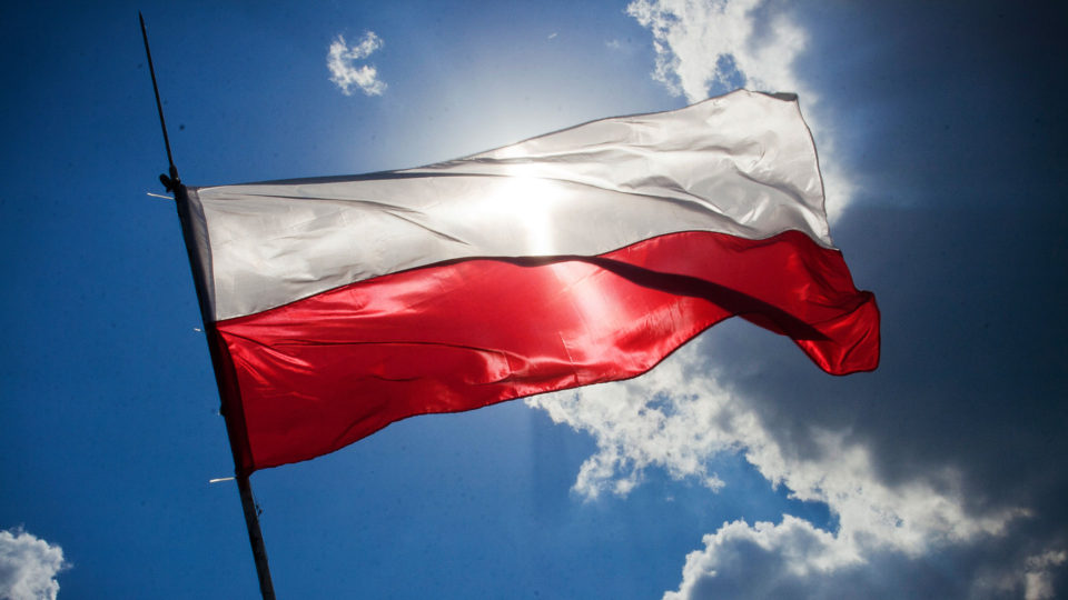 sky-blue-flag-poland-960x540.jpg